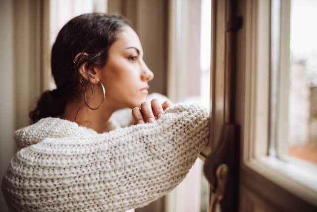 Neurofeedback can help manage depression and sadness